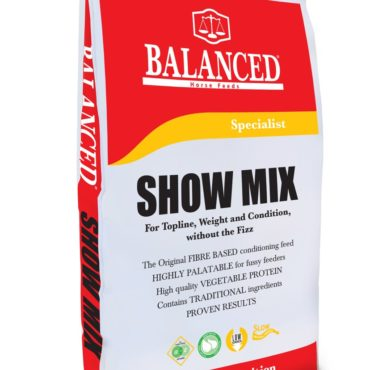 Show Mix,The original high fibre horse feed for weight gain, topline and condition