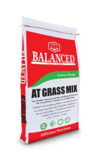 At Grass Mix, ideal for good doers and overweight orses, low calorie feed, low starch, low sugar.